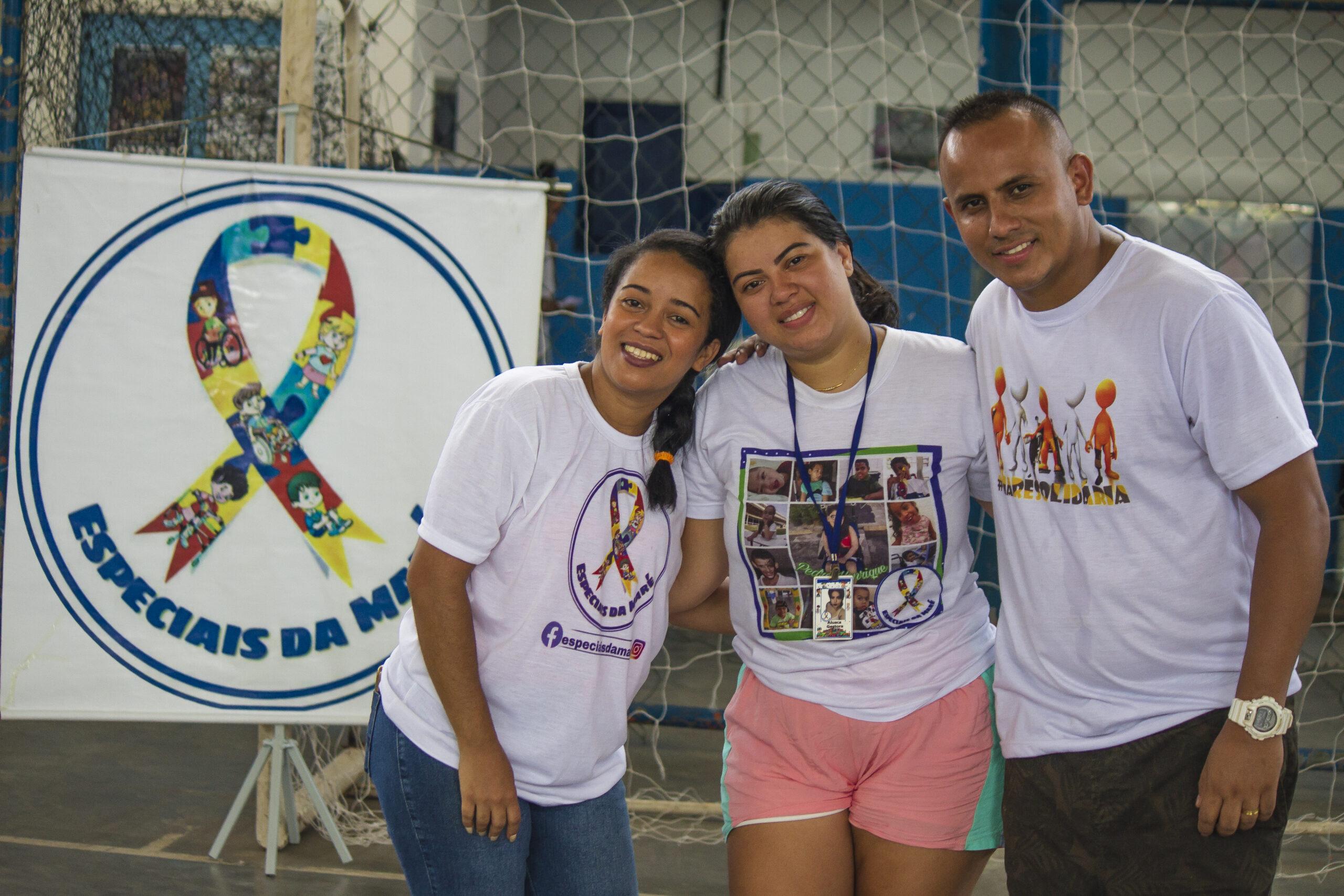 Para homenagear essa brava gente brasileira, a Lei nº 11.287 de 2006 institui o 5 de maio como o Dia Nacional do Líder Comunitário. Muitos vivas a eles!